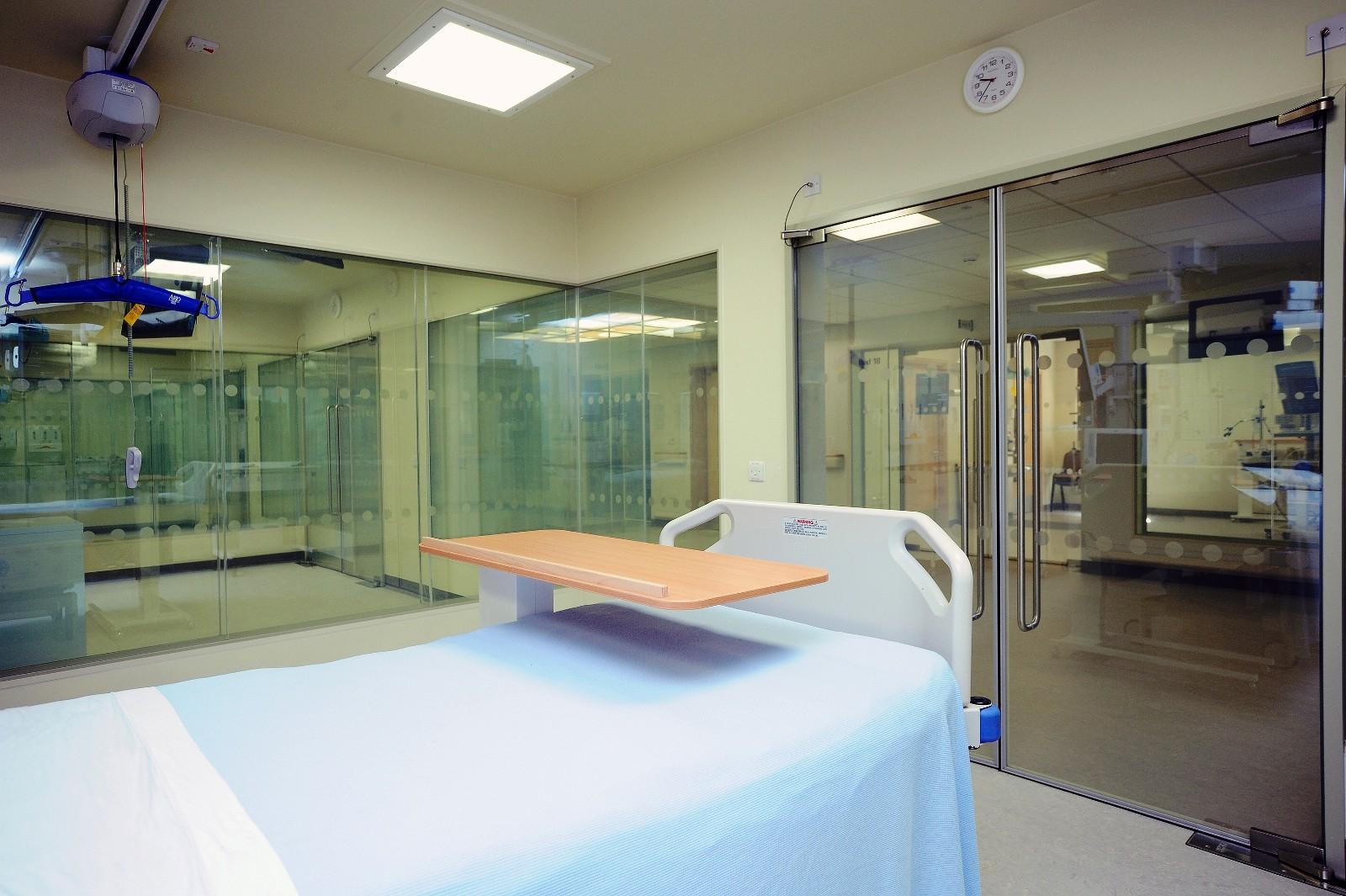 Smart Glass in ICU