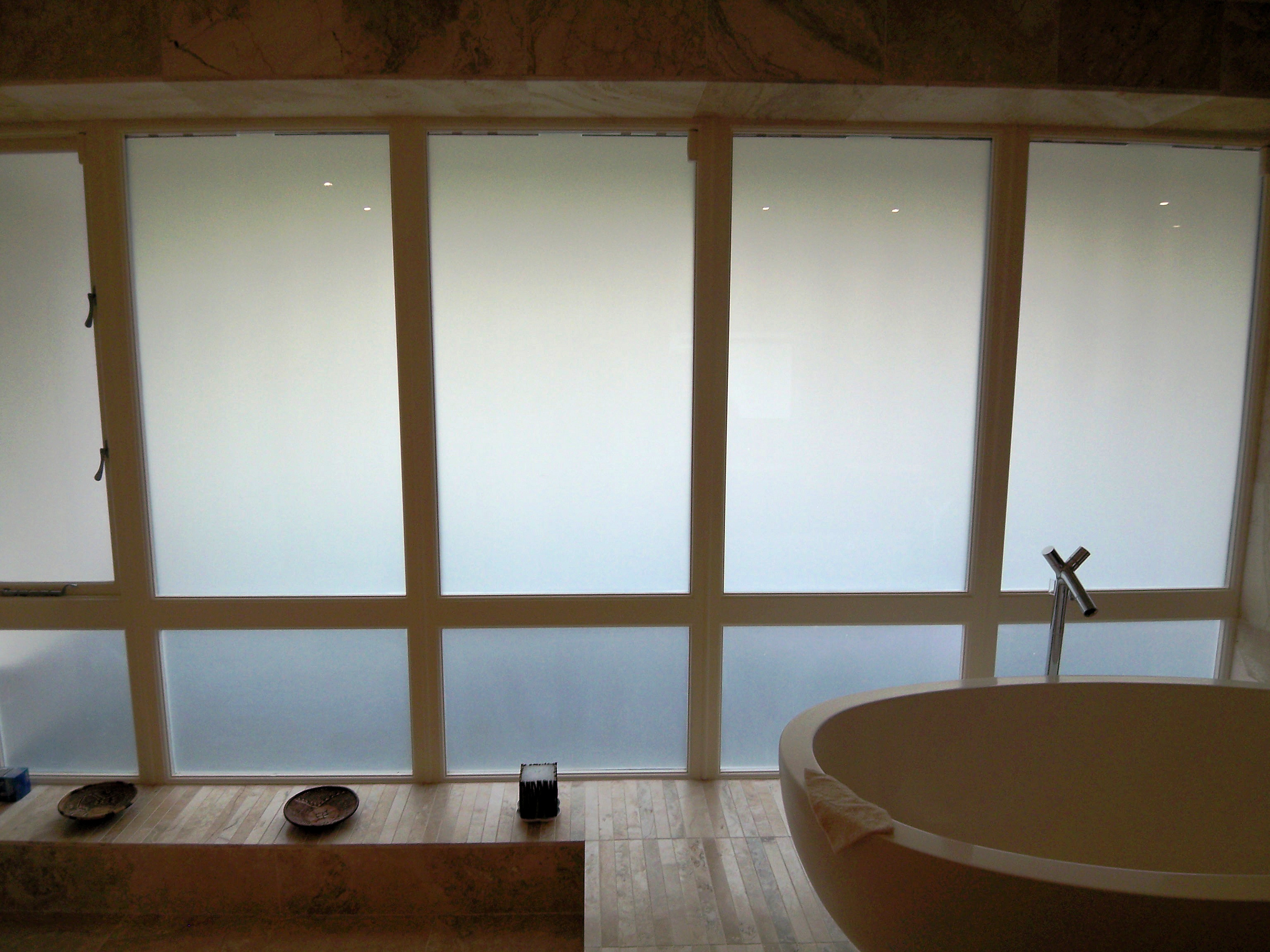 smart glass bathroom off
