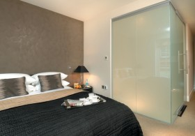 Bespoke Smart Glass Partitions at The Brew House Hotel, England